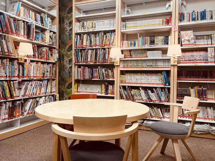 library 6.jpg