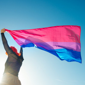 4 Signs you Might be Bisexual