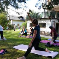 Lezione Yoga in Giardino