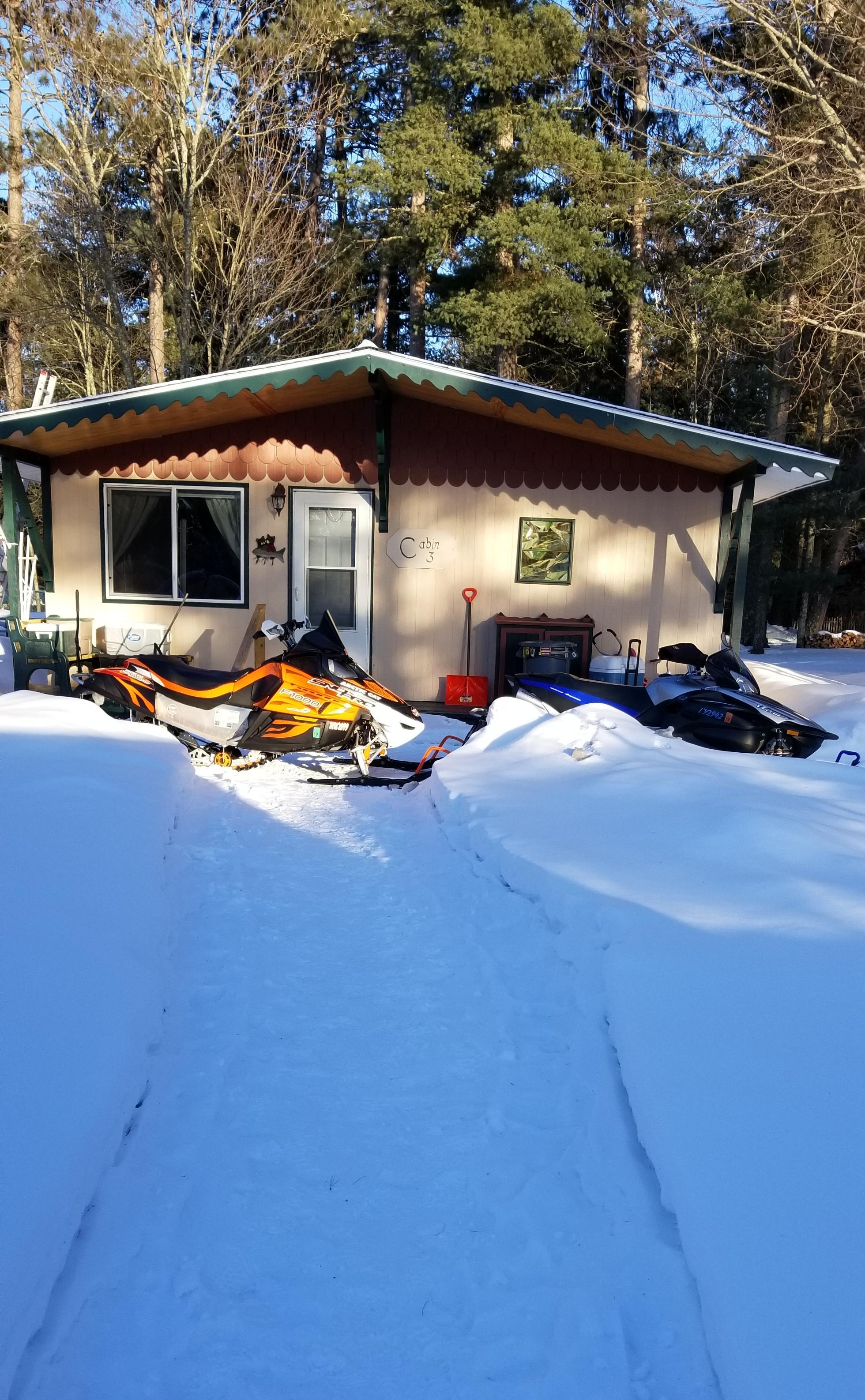Cabin 3 winter fun