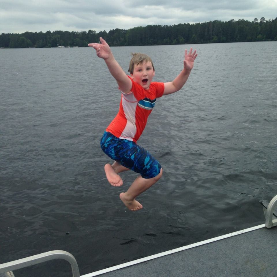 Pontoon JUMPING