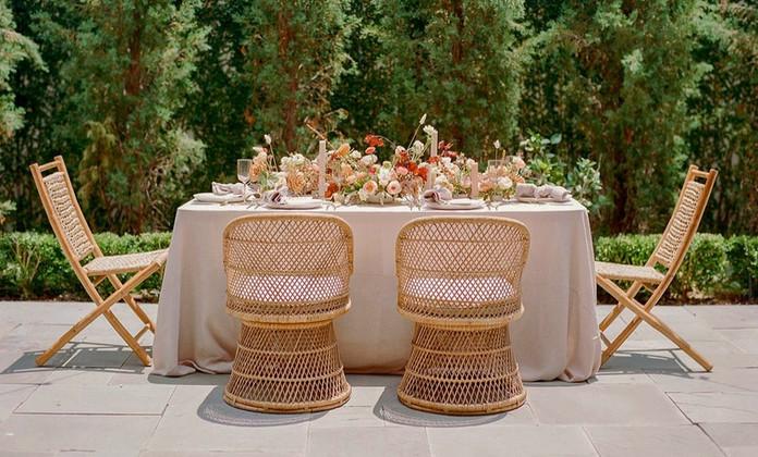 Romantic boho rattan tablescape_charlest