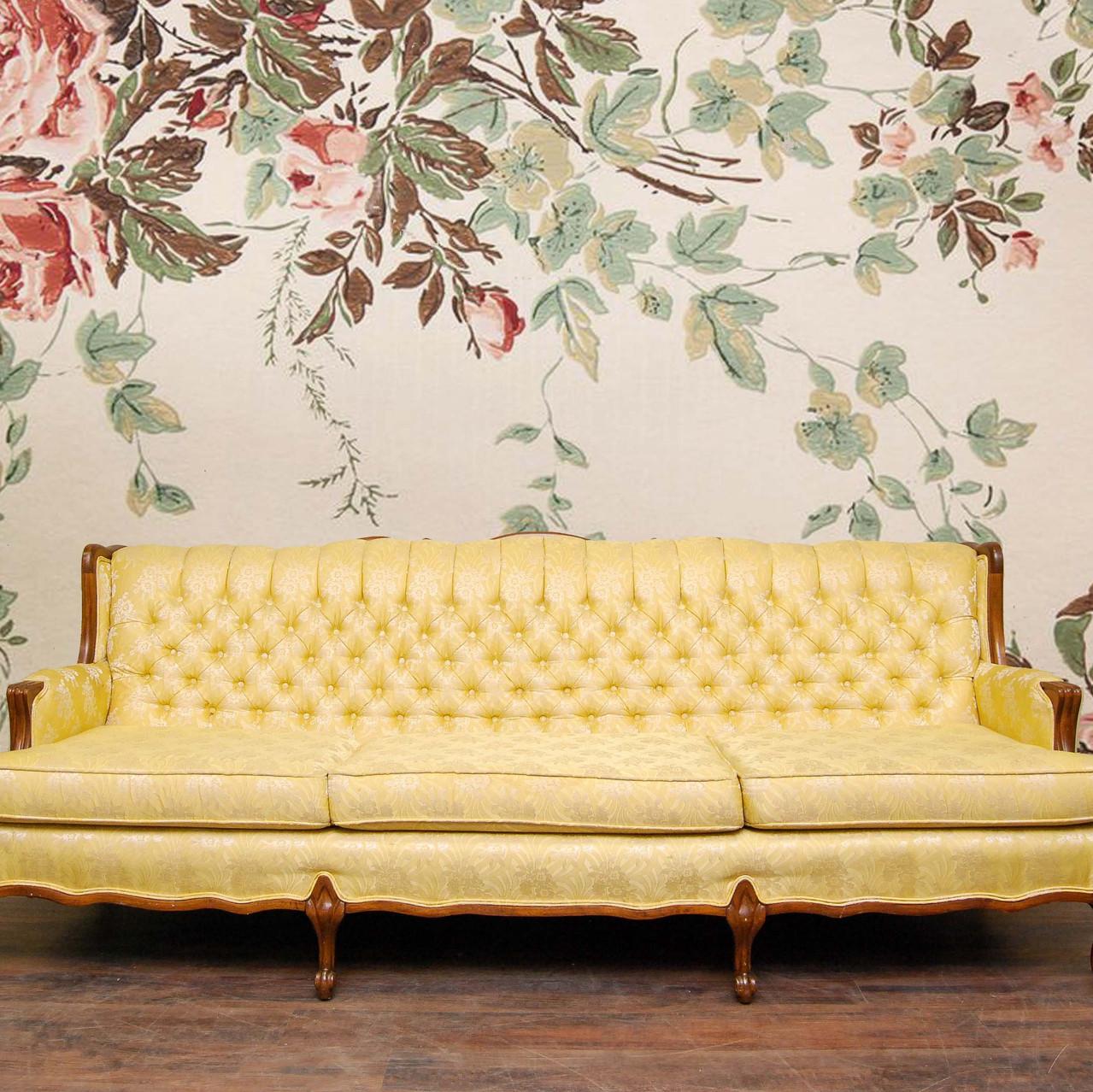 Yellow vintage sofa - before
