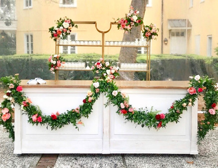 Aphrodite Bar wedding styled_The French
