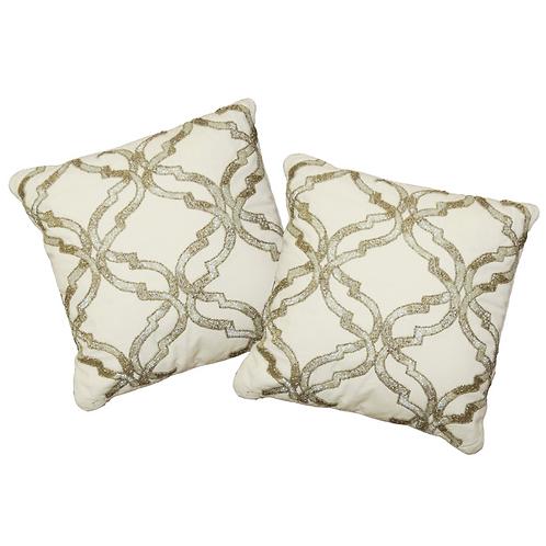 TITAN Pillows