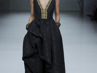 Reina, amazona o emperatriz gracias a la nueva colección de Matilde Cano.