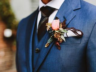 El azul sigue siendo el rey de los trajes de novio.