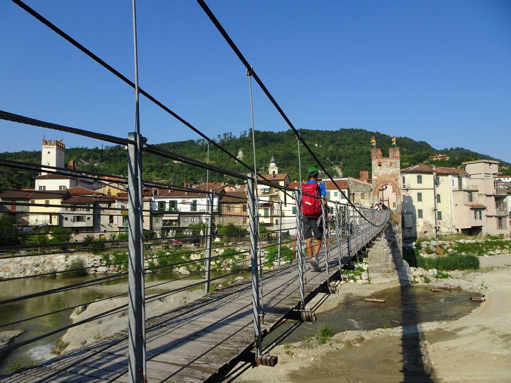 Piemont-Ligurien-Millesimo-Wanderer-(2)