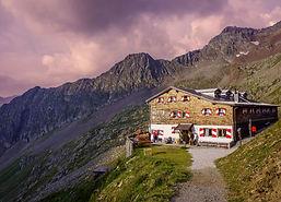 Vandra utan packning - Berghütten