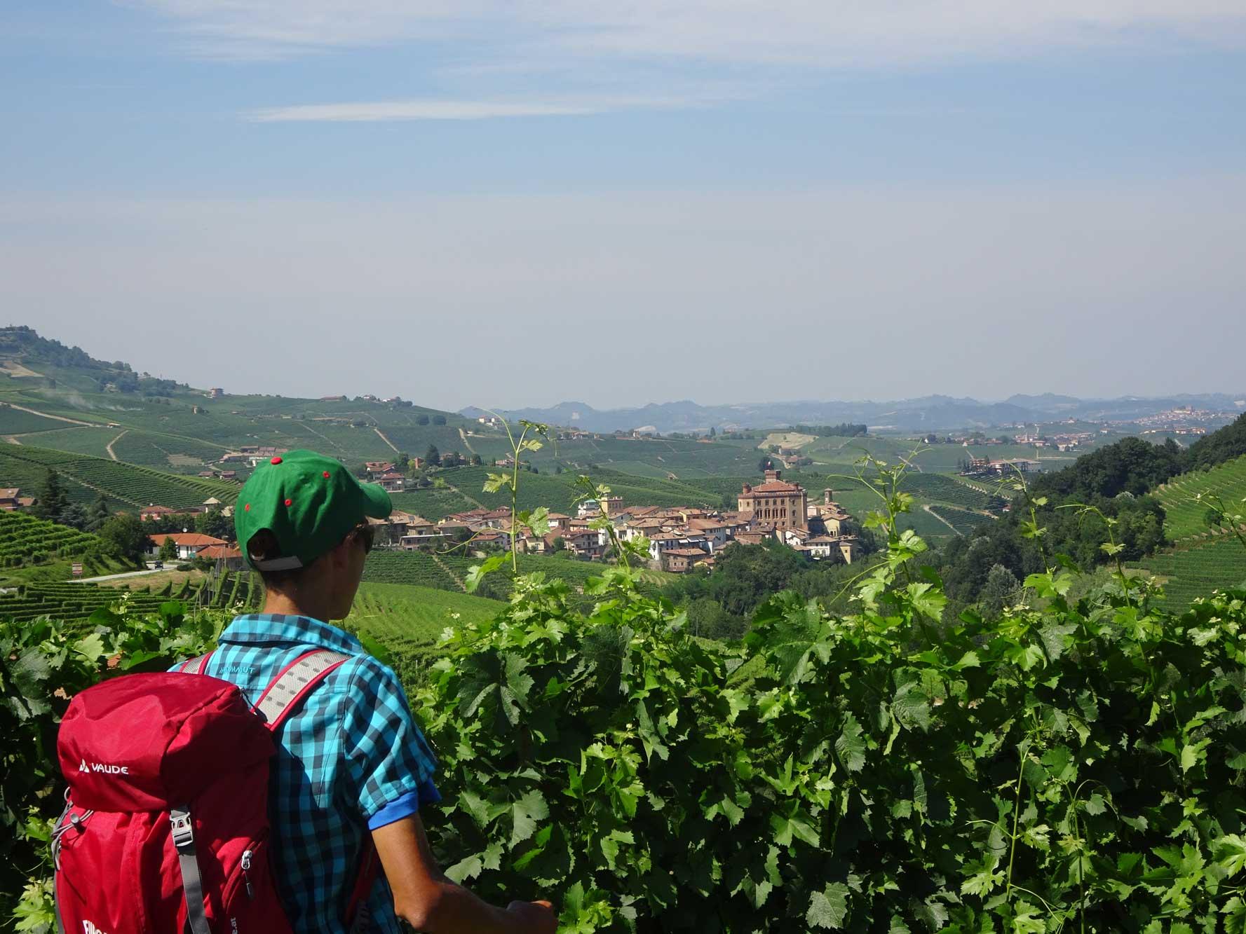 Piemont-Ligurien-Barolo-Wanderer-1