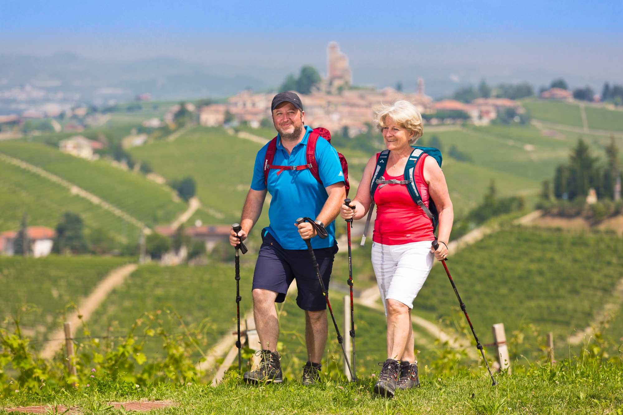 Piemont-Ligurien-Serralunga-Alba-Wanderer-2