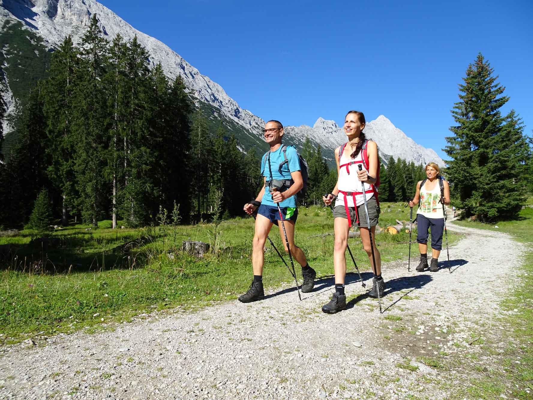 Zugspitze_Gaistal_Wanderer_2