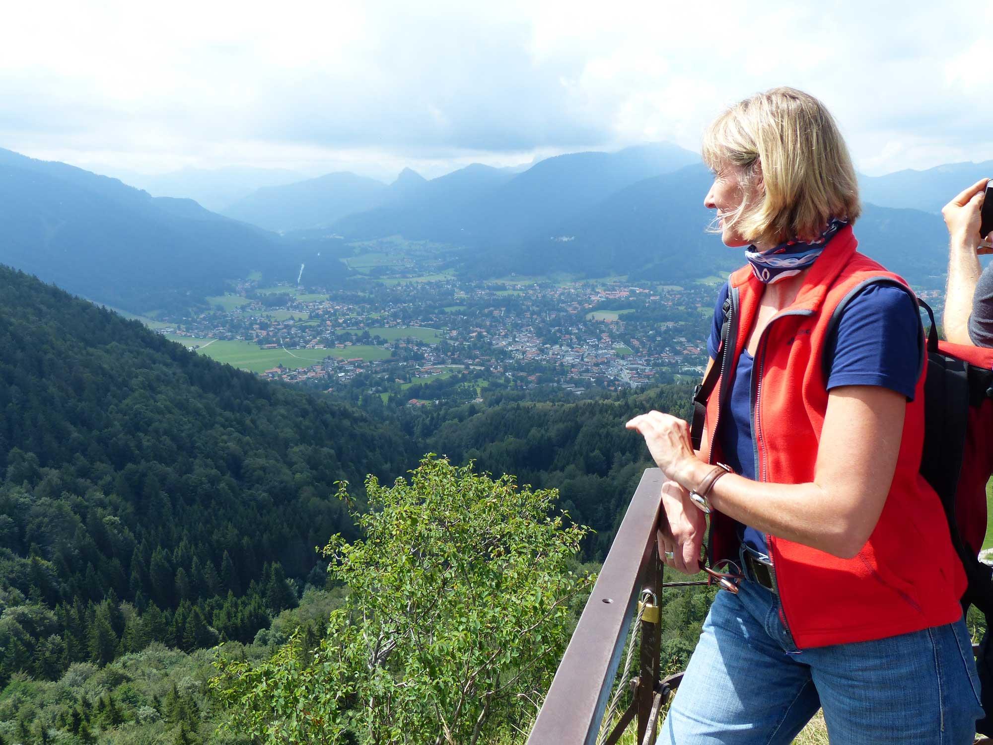 Bayerische-Alpen_Riederstein_Wanderer_1.
