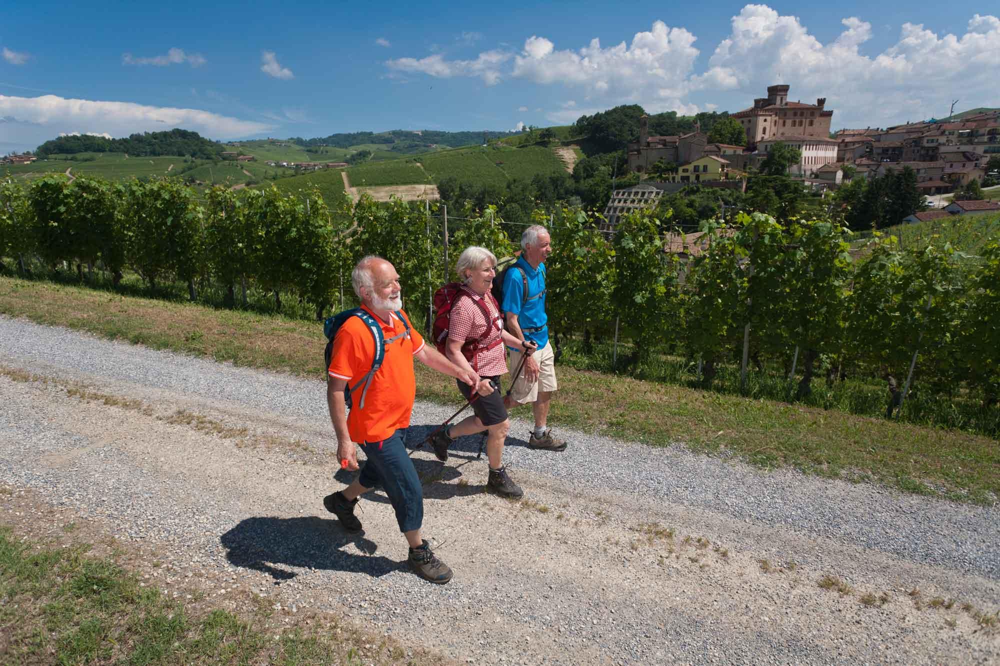 Piemont-Ligurien-Barolo-Wanderer-2