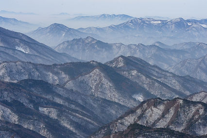 winter-moutain-4910186_1920.jpg