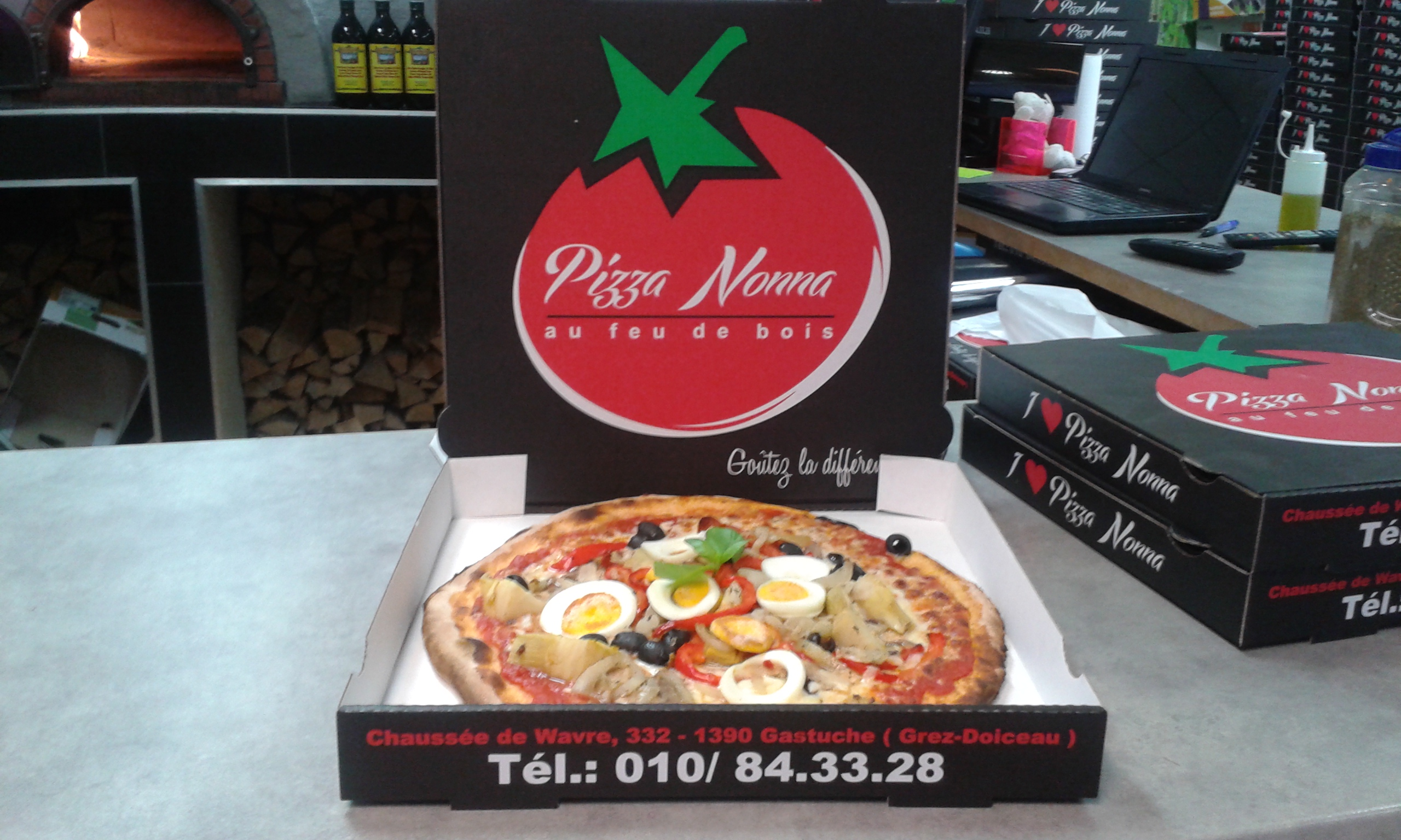 pizza nonna 111 050.jpg