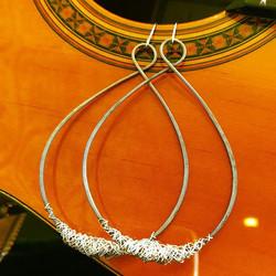 figure eight large tear drop earrings
