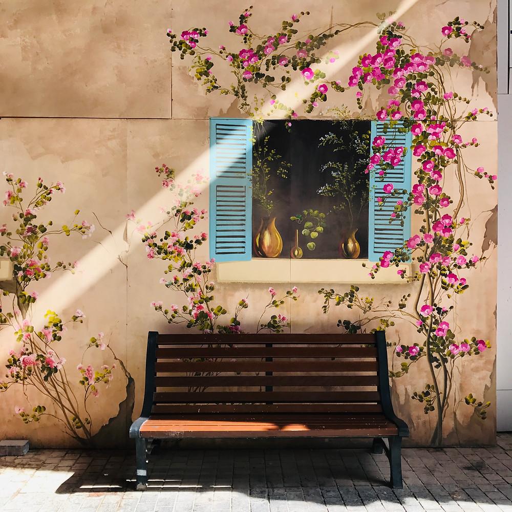 Souq Al Mubarakiyah Kuwait street art