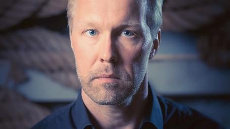 Jonas Holmström HI:s nya partisekreterare