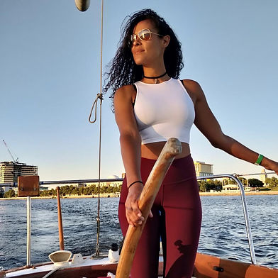 Jana Mars - Sailing _ Tantra _ SUP Yoga.