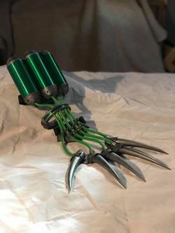 Eversor Assassin NeuroGauntlet