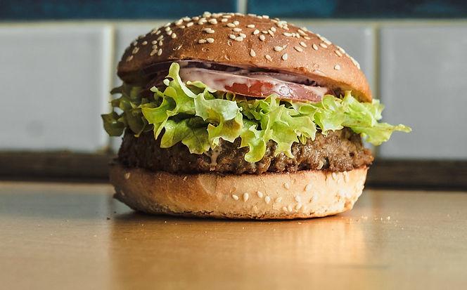 Linda McCartney burger, Power Pland burger at Bobby Burger Polska