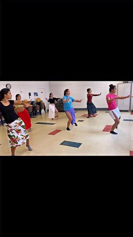 Cours de danse tahitienne en salle à Bordeaux Natoria Dance