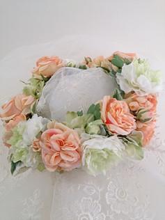 ハワイで挙式のお友達に花冠のプレゼント