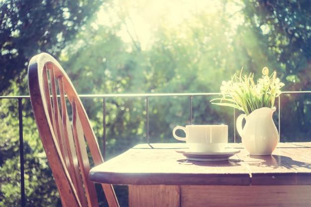 Πώς να φέρετε το καλοκαίρι στη βεράντα σας!