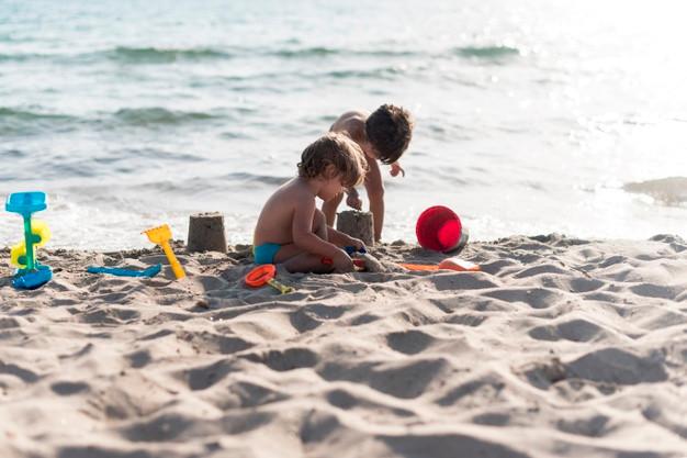 Τα κουβαδάκια σας και….ελάτε στις παραλίες του δήμου Μαραθώνα!
