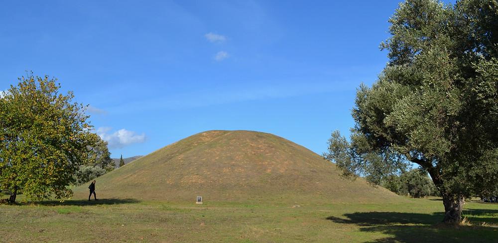 τύμβος μαραθώνα , αρχαιολογικός χώρος