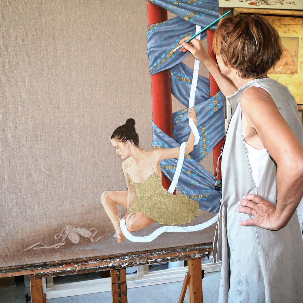 Η ζωγράφος Βαρβάρα Γεροδήμου στο ατελιέ της