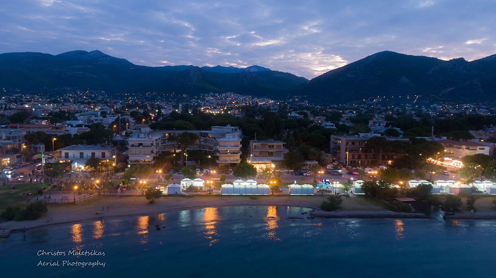 Εναέρια λήψη που απεικονίζει τα περίπτερα της έκθεσης Μαραθώνα | drone photographer Christos Malets