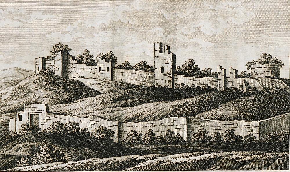 Εδώ το Μεσαιωνικό Κάστρο της Μάκρης.