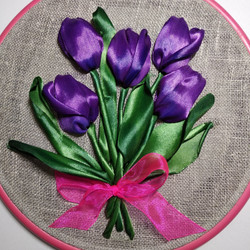 тюльпаны лентами