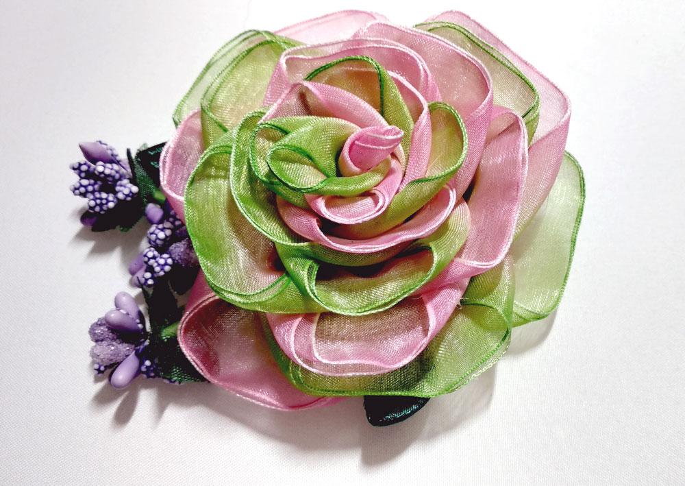 Роза из органзы