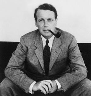 эвид Огилви (David Mackenzie Ogilvy; 1911–1999) — американский предприниматель, профессиональный копирайтер, организатор рекламы, основатель рекламного агентства «Ogilvy & Mather»