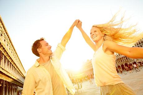 Tanzpaar Sonne.jpg