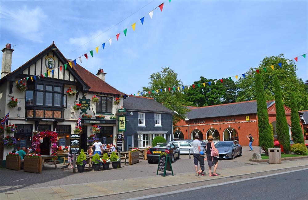 Lyndhurst Village