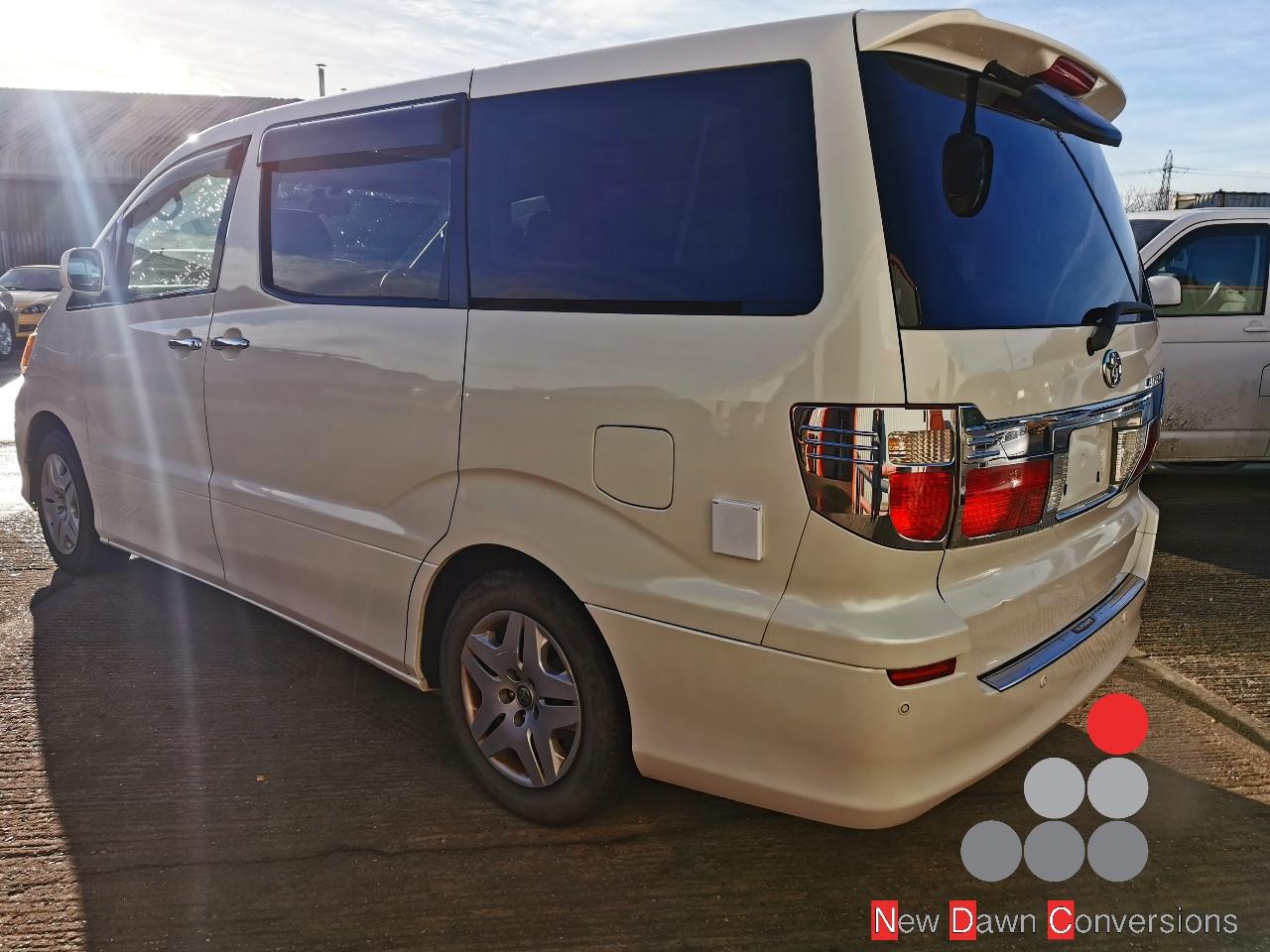 Toyota Alphard NDC0163 (5).jpg