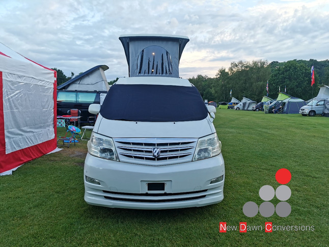 Alphard with elevating roof (1).jpg