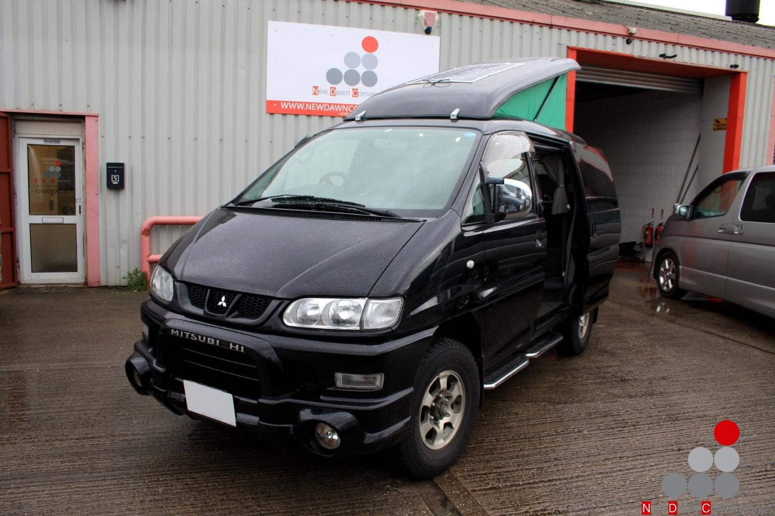 Mitsubishi Delica with rear elevating ro