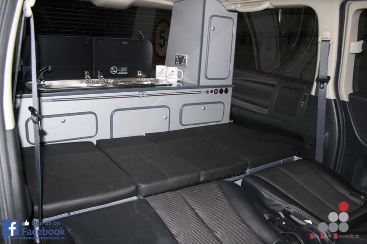 Nissan Elgrand rear camper conversion