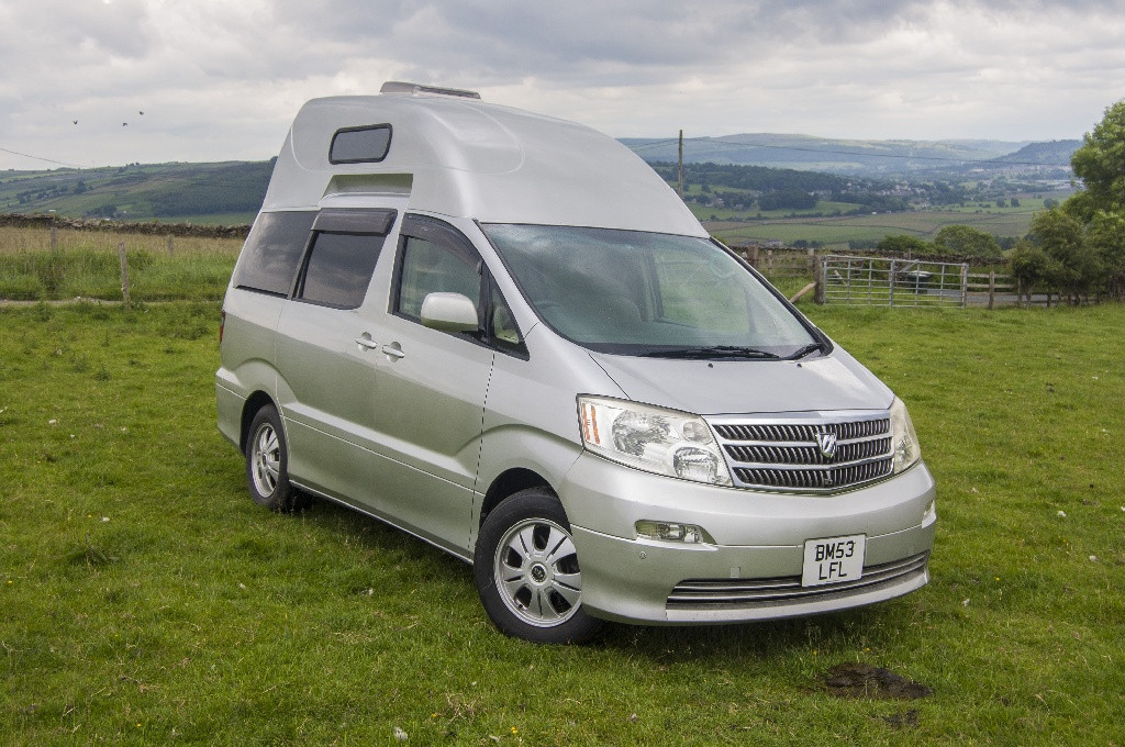 Toyota Alphard High top roof