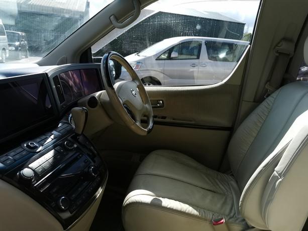 Nissan Elgrand (6).jpg