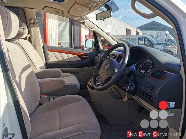 Toyota Alphard NDC0163 (8).jpg