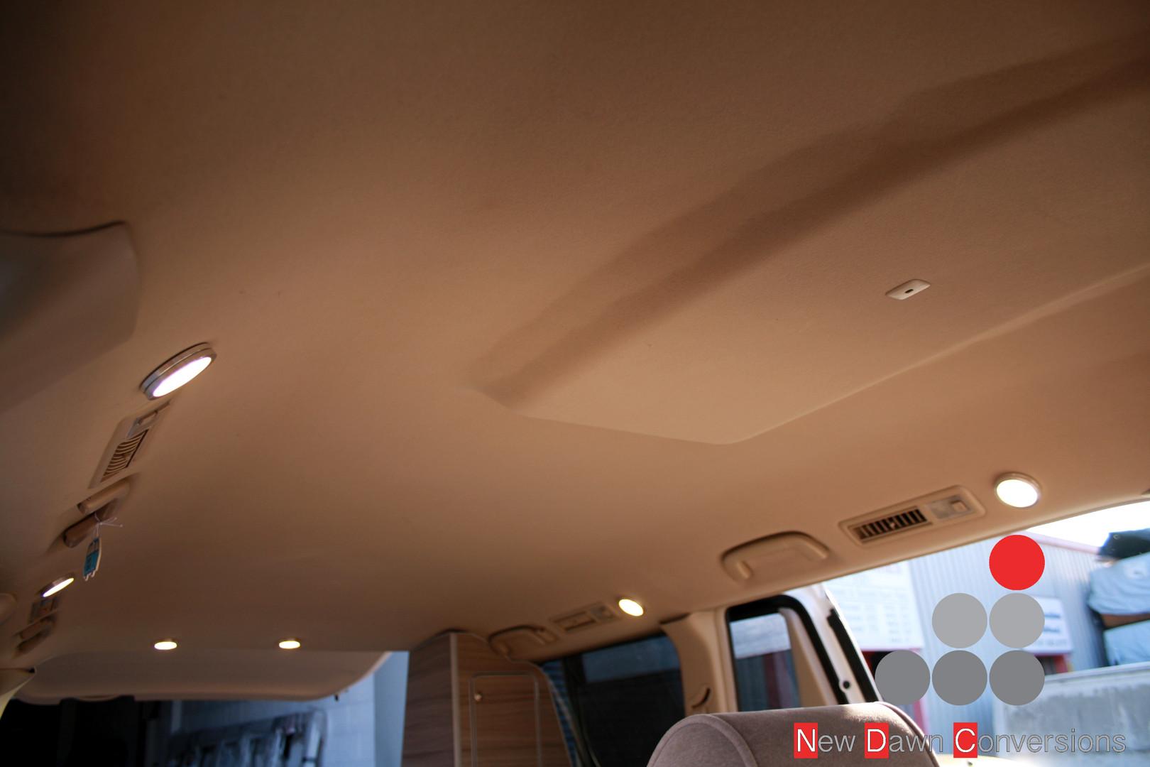Toyota Alphard Camper  (3).jpg