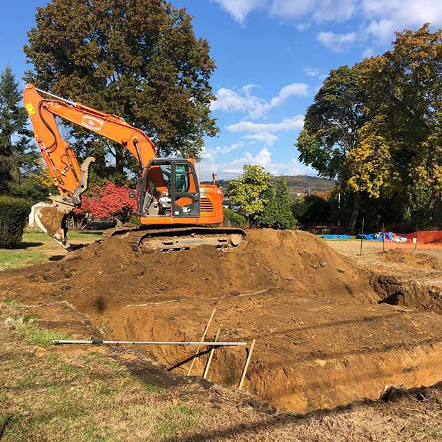 Foundation dig 1 day in and out! #doosan