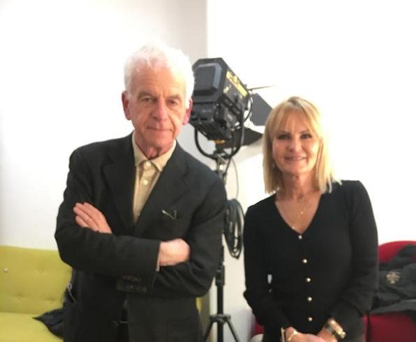 Aline Peugeot télévision célèbre animatrice formatrice en developpement personnel