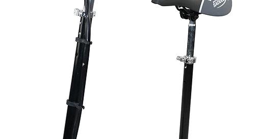 E-Scooter schwarz mit Sitz